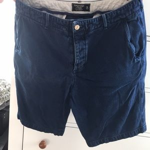 Abercrombie & Fitch size 36 shorts